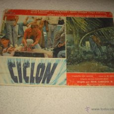 Cine: CARTELERA DE LA PELICULA CICLON 29 X 39 CM. Lote 52945660