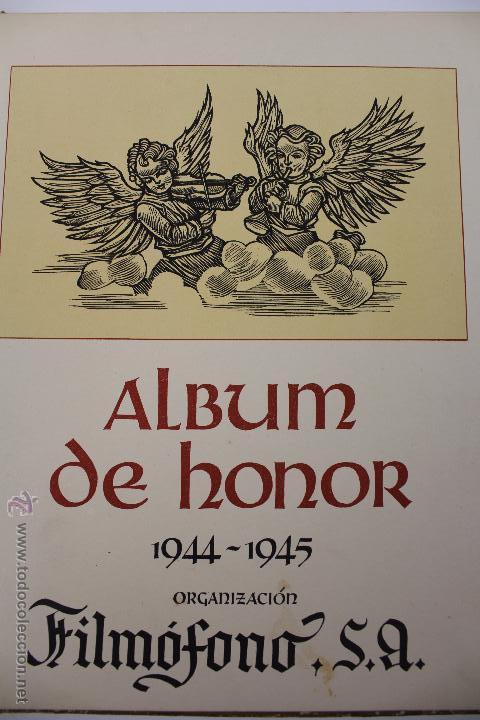 L-3412. FILMÓFONO, S.A. ALBUM DE HONOR. 1944- 1945. 14 CARTELES DE PELICULAS DE LA DISTRIBUIDORA. (Cine - Varios)
