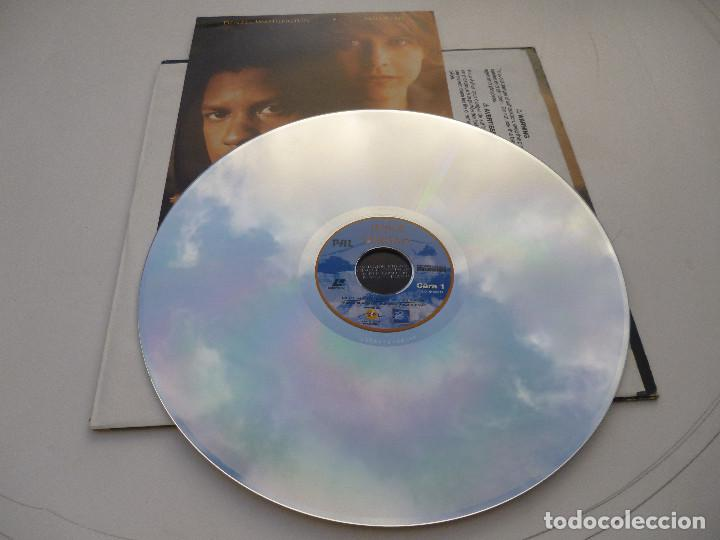 Cine: LASER DISC EN HONOR A LA VERDAD, con Denzel Washington y Meg Ryan. Guerra del Golfo. Laserdisc - Foto 3 - 67330193