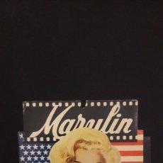 Cine: MARILYN MONROE, PEQUEÑO DISPLAY DE CARTÓN AÑOS 60 O 70. Lote 97730575