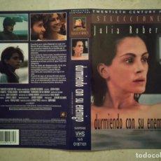Cine: CARATULA ORIGINAL -A4- DURMIENDO CON SU ENEMIGO - JULIA ROBERTS - THRILLER. Lote 97893791