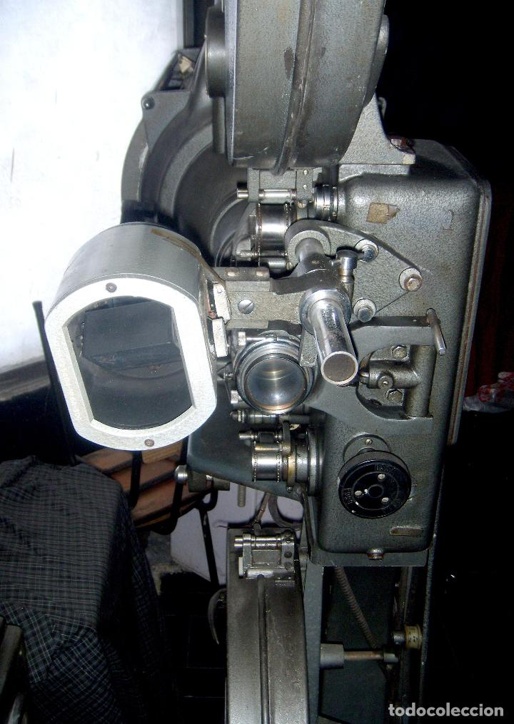 Cine: PROYECTOR DE CINE OSSA 60 A ELECTRONICA VER FOTOS ultimo precio FRANCINE - Foto 2 - 116185642