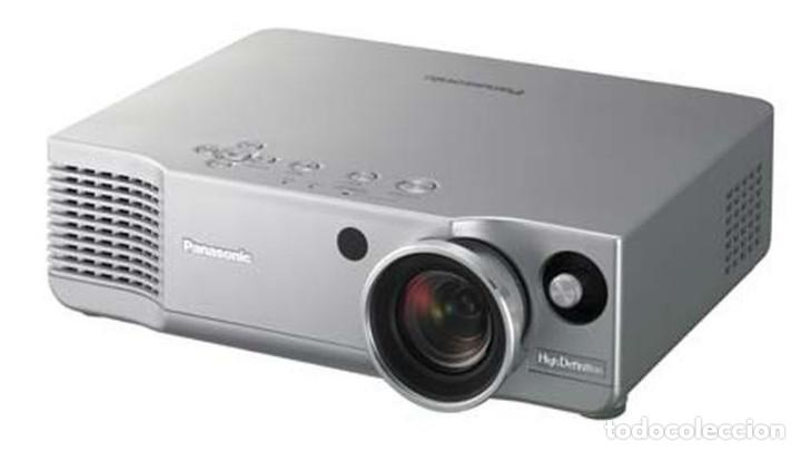 PROYECTOR PANASONIC PT AE 900 HD READY 720P COMPATIBLE 1080P (Cine - Varios)