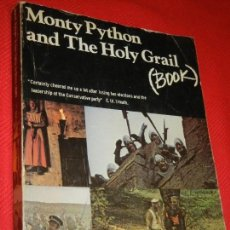 Cine: MONTY PYTHON AND THE HOLY GRAIL - SCREENPLAY. METHUEN 1977. Lote 146541746