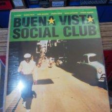 Cine: PÓSTER GIGANTE BUENA VISTA SOCIAL CLUB. Lote 194911752