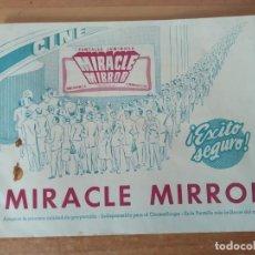 Cine: G1-- CURIOSA PUBLICIDAD DE LA PANTALLA MIRACLE MIRROR CON TROZO DE TELA DE MUESTRA. Lote 195208481