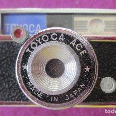Cine: CAMARA FOTOGRAFICA TOYOCA ACE MADE IN JAPAN MINI MINIATURA CON FUNDA MIDE APROX. 6,5 CM, A1. Lote 203114942