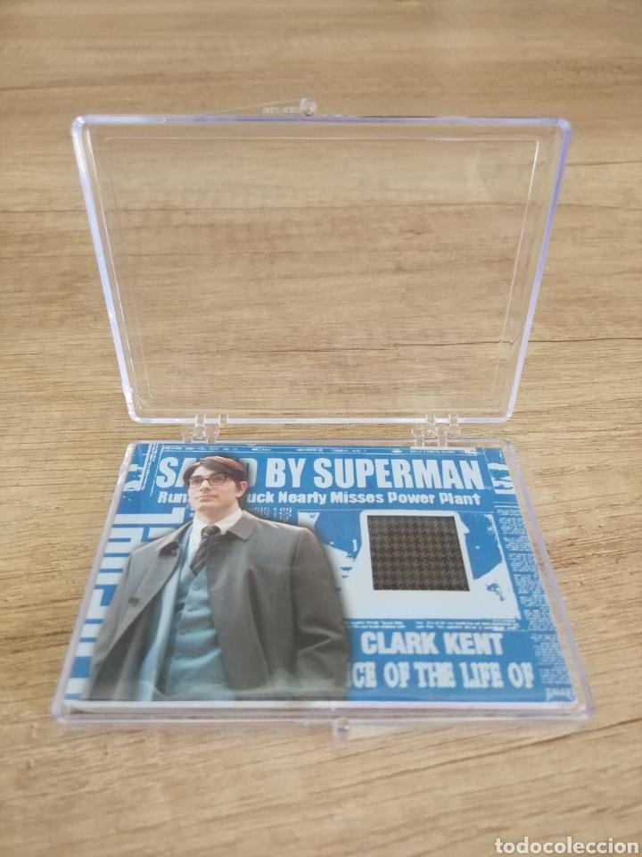 Cine: Autentico trozo de Gabardina de Clark Kent utilizado en la película Superman Returns - Foto 3 - 207146511