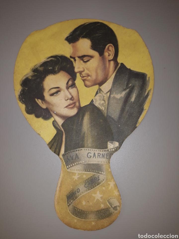 ABANICO CARTÓN. AVA GARDNER Y MARIO CABRÉ. PELÍCULA PANDORA. 1951 (Cine - Varios)