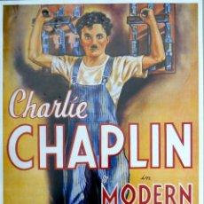 Cine: PÓSTER REPRODUCCIÓN CARTEL CINE CHARLIE CHAPLIN MODERN TIMES. Lote 263612155