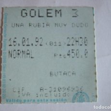 Cine: ENTRADA CINES GOLEM PAMPLONA - 1992 - PELICULA UNA RUBIA MUY DUDOSA. Lote 220168067