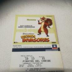 Cine: ENTRADAS DE CINE KINEPOLIS VECINOS INVASORES. Lote 268963379