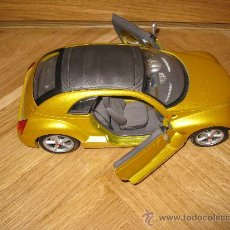 Coches a escala: COCHE MINIATURA ESCALA 1:18, CHRYSLER PRONTO CRUIZER. Lote 29590685