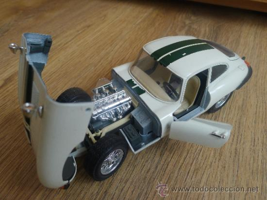 Coches a escala: antiguo coche a escala 1:18 jaguar e 1971 de burago - Foto 2 - 31115100