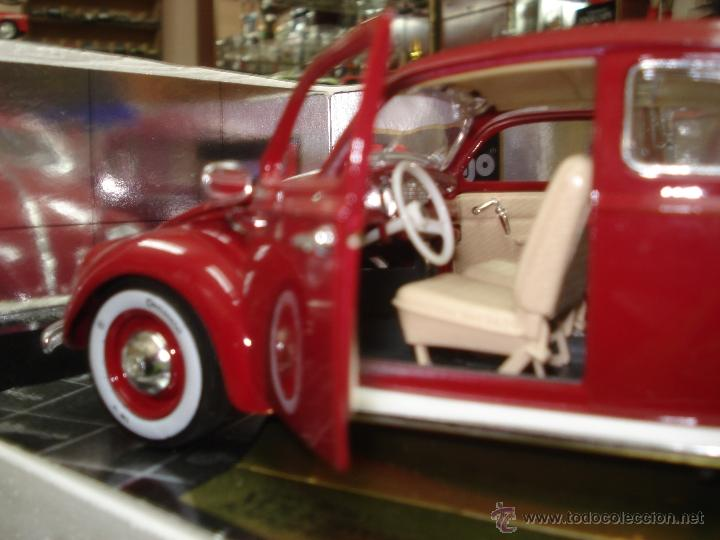 Coches a escala: Volkswagen Beetle-Kafer 1.957 esc.1/18 de Burago - Foto 2 - 40930761