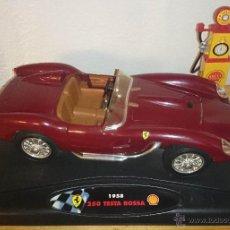 Coches a escala: FERRARI TESTA ROSSA 1958 SHELL RACING FUEL PUMP EDICIÓN ESPECIAL SHELL.ESC 1.18. Lote 41554063