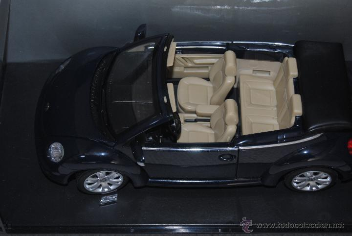 VW NEW BEETLE CABRIO BURAGO (Juguetes - Coches a Escala 1:18)