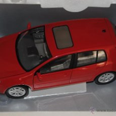 Coches a escala: VW GOLF SERIE V BURAGO. Lote 108057376