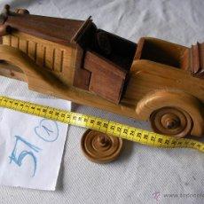 Coches a escala: COCHE CLASICO GRANDE DE MADERA ARTESANAL . Lote 49914418