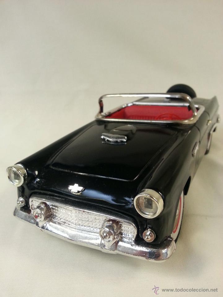 Coches a escala: MAGNIFICO Y ESCASO Negro ford Thunderbird Convertible 1955 fricción de hojalata juguete coche 28 cm - Foto 2 - 52835057