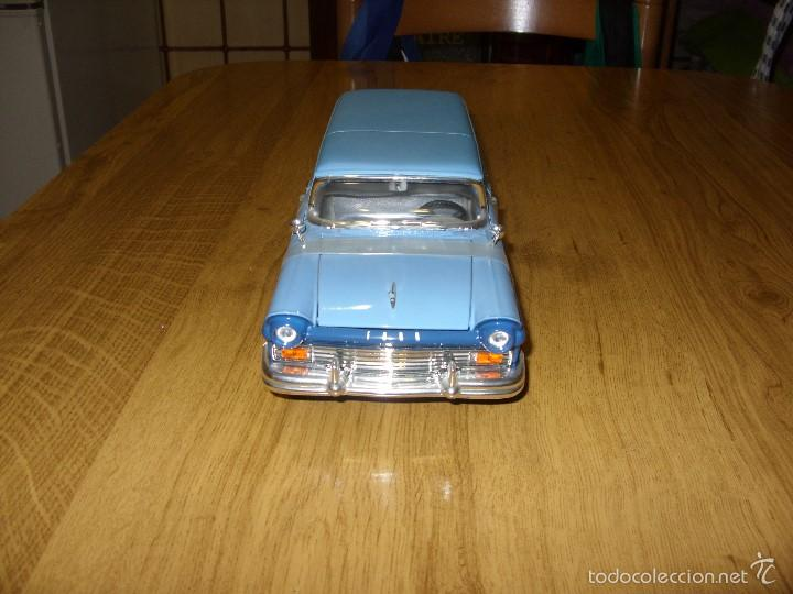 FORD COURIER SEDAN DELIVERY (ROAD 1957). ESCALA 1:18 (Juguetes - Coches a Escala 1:18)