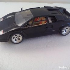 Coches a escala: LAMBORGHINI COUNTACH. 1988 BURAGO COCHE ESCALA 1/18 - MADE IN ITALY. Lote 62629120