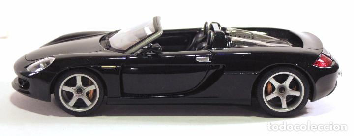 Coches a escala: Maisto - PORSCHE CARRERA GT (2001) negro - Coche die cast (metal) a escala 1/18 - Foto 4 - 68119781