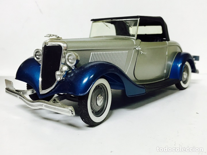 Solido ford v8 roadster 1/19 1934 - Sold through Direct Sale