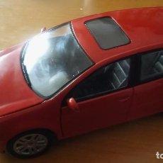 Coches a escala: BURAGO VW GOLF SERIE 5. Lote 78096501