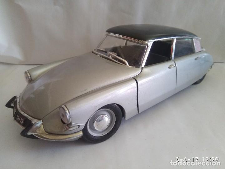 CITROEN DS 19 1963 SÓLIDO ESCALA 1/18 (Juguetes - Coches a Escala 1:18)