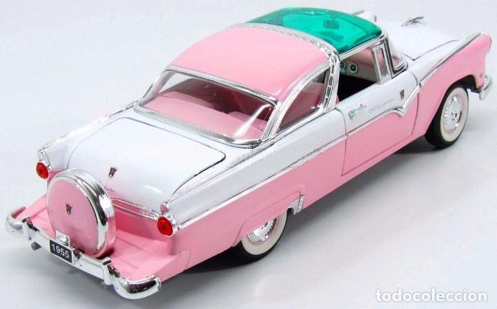 Coches a escala: Ford Crown Victoria 1955 escala 1/18 de Lucky Die Cast - Foto 2 - 153364786