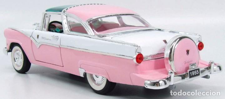 Coches a escala: Ford Crown Victoria 1955 escala 1/18 de Lucky Die Cast - Foto 4 - 153364786