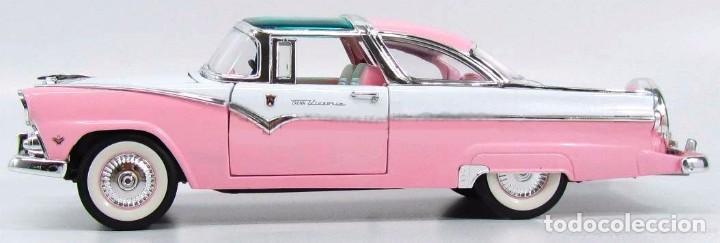 Coches a escala: Ford Crown Victoria 1955 escala 1/18 de Lucky Die Cast - Foto 5 - 153364786
