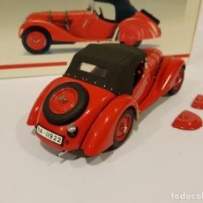 Coches a escala: BMW 328 ROADSTER 1938 (RED) ESCALA 1/18 DE AUTOART. Lote 98889295