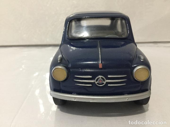 Coches a escala: FIAT 600 MAMONE ESCALA 1/18 SEAT 600 - Foto 2 - 103833899
