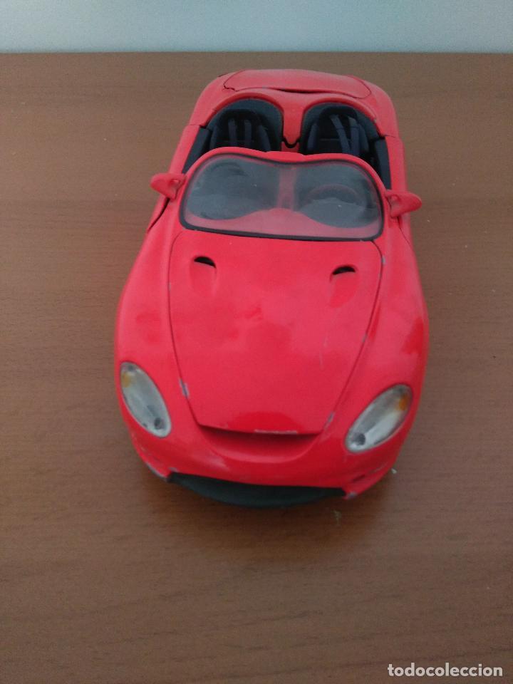 Coches a escala: Coche de metal en miniatura - Mustang Mach III - Escala 1:18 - Maisto - Foto 3 - 162542401