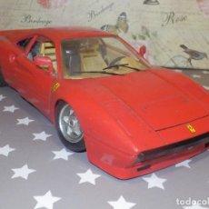 Coches a escala: COCHE - FERRARI GTO 1984 - ESCALA 1/18 - BURAGO - ROJO. Lote 110722191