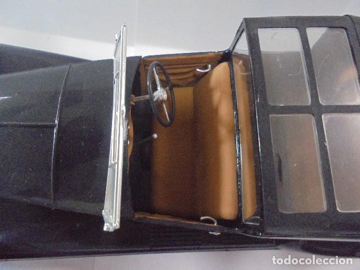 Coches a escala: COCHE MINIATURA. MARCA ITALERI. ESCALA 1/18. VER - Foto 6 - 111859923