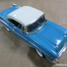 Coches a escala: ANTIGUO COCHE DE METAL. ERTL. CHEVROLET BEL AIR. LICENSED BY GM CORPORATION. 28.5 CM. Lote 138527262