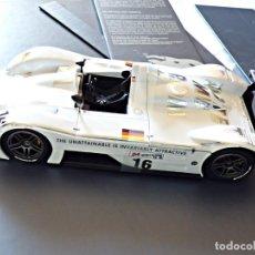 Coches a escala: BMW V12 LMR. ART CARS. ARTE SOBRE RUEDAS DE BMW POR KYOSHO AÑO 2000. Lote 142807526