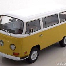 Carros em escala: VOLKSWAGEN T2B BUS 1971 ESCALA 1/18 DE GREENLIGHT. Lote 142868602