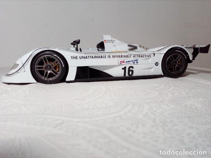 Coches a escala: COCHE BMW V12 LMR. ART CARS. DE KYOSHO AÑO 2000 1/18 (IMPECABLE) EDICIÓN LIMITADA Jenny Holzer - Foto 6 - 148860974