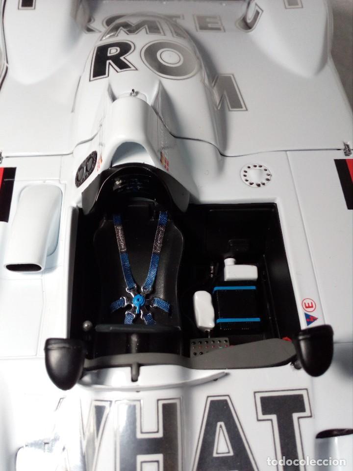 Coches a escala: COCHE BMW V12 LMR. ART CARS. DE KYOSHO AÑO 2000 1/18 (IMPECABLE) EDICIÓN LIMITADA Jenny Holzer - Foto 19 - 148860974