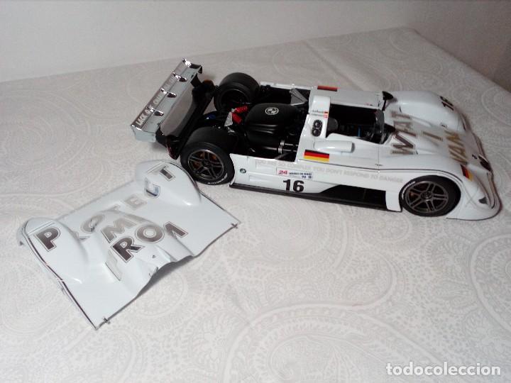 Coches a escala: COCHE BMW V12 LMR. ART CARS. DE KYOSHO AÑO 2000 1/18 (IMPECABLE) EDICIÓN LIMITADA Jenny Holzer - Foto 23 - 148860974