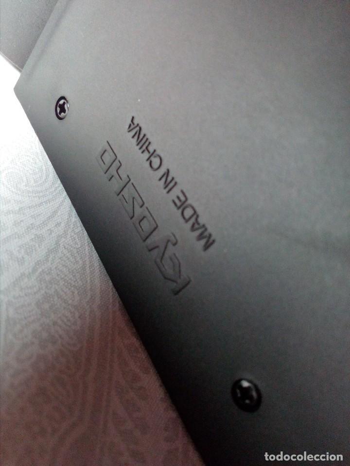 Coches a escala: COCHE BMW V12 LMR. ART CARS. DE KYOSHO AÑO 2000 1/18 (IMPECABLE) EDICIÓN LIMITADA Jenny Holzer - Foto 29 - 148860974