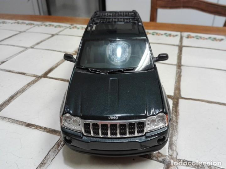 Coches a escala: Jeep Grand Cherokee Burago - Foto 3 - 150295486