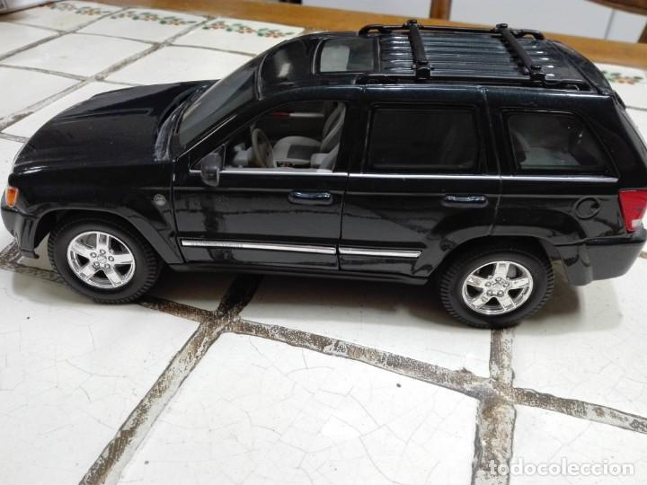 Coches a escala: Jeep Grand Cherokee Burago - Foto 5 - 150295486