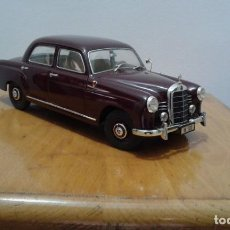 Coches a escala: MERCEDES 180 REVELL 1:18. Lote 154442810