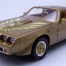 Coches a escala: PONTIAC FIREBIRD TRANS AM 1979 ESCALA 1/18 DE LUCKY DIE CAST. Lote 156612114