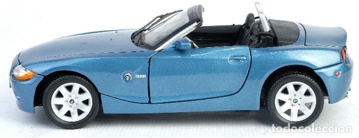 Coches a escala: Coche BMW Z4 Escala 1/18 Motor Max - Foto 6 - 166318774